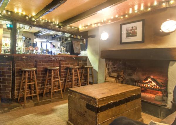 Autumn in south devon pub